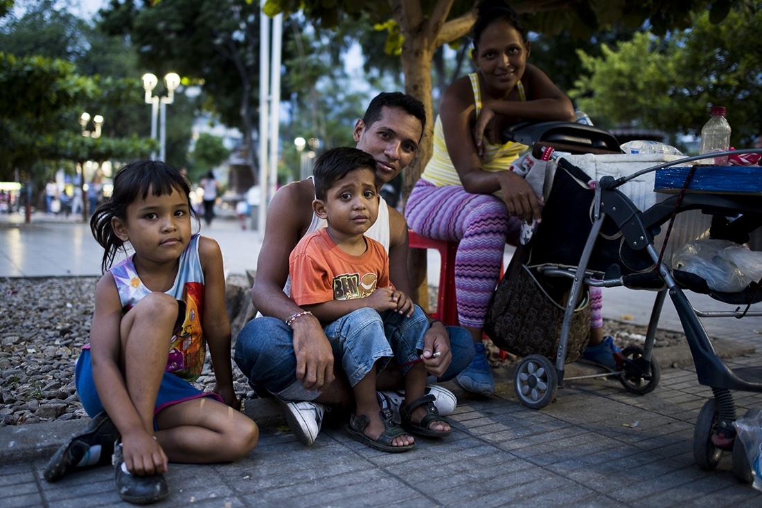 Venezuelan family in Colombia